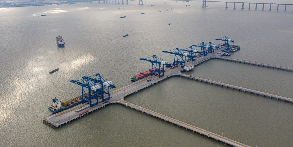 Aerial photo taken on Jan. 20, 2021 shows the operation area of Nantong Port in east China's Jiangsu Province.