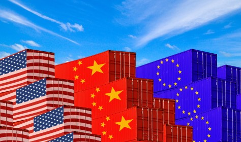 Staying out of the neighborly quarrel between the US and China is no option for Europe as both countries are doing their best to involve it. Picture by Akarat Phasura via 123rf.